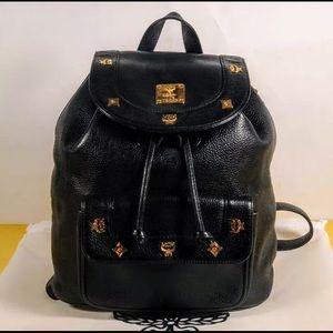 🌹LIKE NEW!! MCM Black Leather Drawstring Backpack